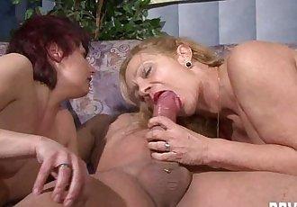 German milfs share a lucky dickHD