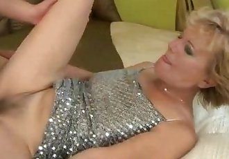 Lusty blonde granny amateur plowed on bed - 6 min