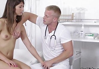 Horny Susan Ayn Sucks Dirty doctor Cock And Gets Licked - 5 min HD