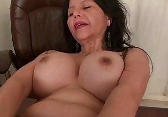 Americas sexiest milfs part 32HD