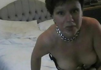 Amateur Mature Wife Fuckes on Homemade video