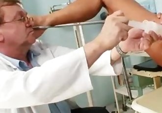 Skinny blond cougar kinky pussy checkup
