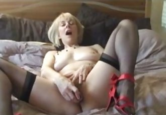 Mature Stocking Babe Fingers Her Hairy Old Pussy