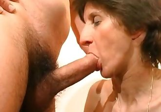 Mature whore licked nicely