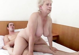 HORNY MATURE VUBADO COUPLE SEX