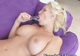 Mature Hottie Tickles Her Pussy To Orgasm